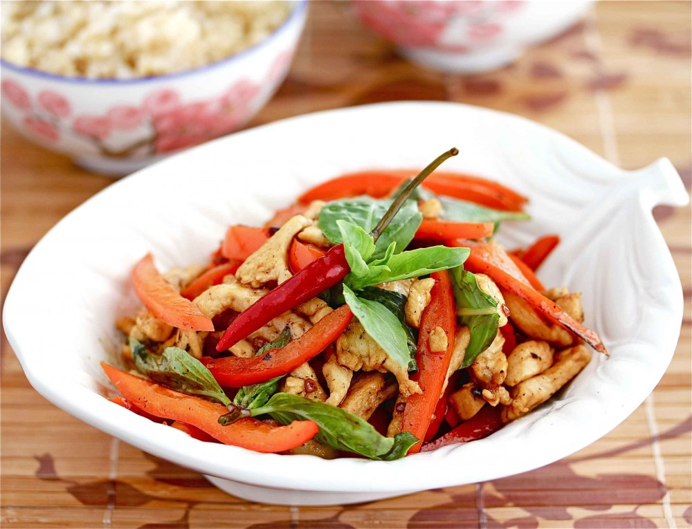 Stir-Fried Thai Chicken with Peppers