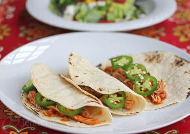 Chicken in Garlic Chile Sauce Tacos