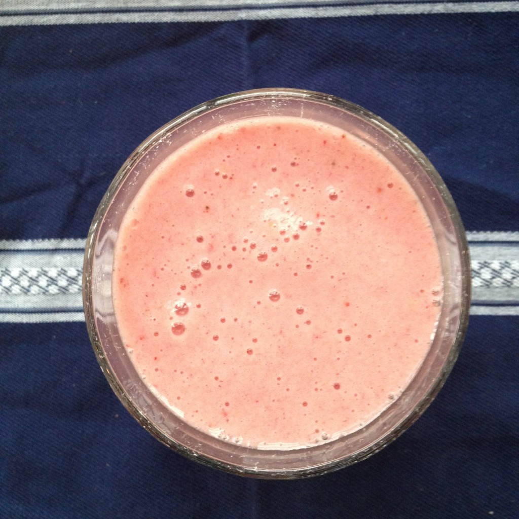Strawberry Pineapple Banana Smoothie