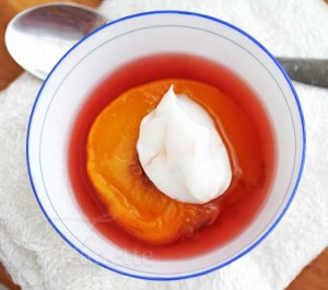 Steamed Peaches with Yogurt