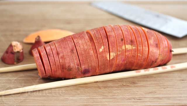 How To Cut A Hasselback Potato