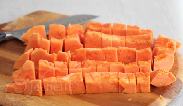Fresh Papaya Chunks