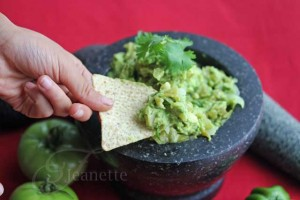 Roasted Green Tomato Guacamole Salsa with Chips