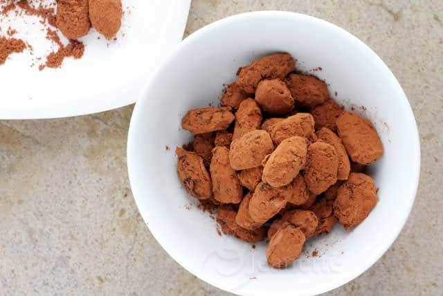 Cocoa Dusted Dark Chocolate Coated Almonds Recipe (Power Foods)