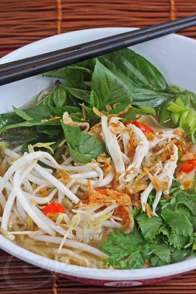 Vietnamese Chicken Pho © Jeanette's Healthy Living