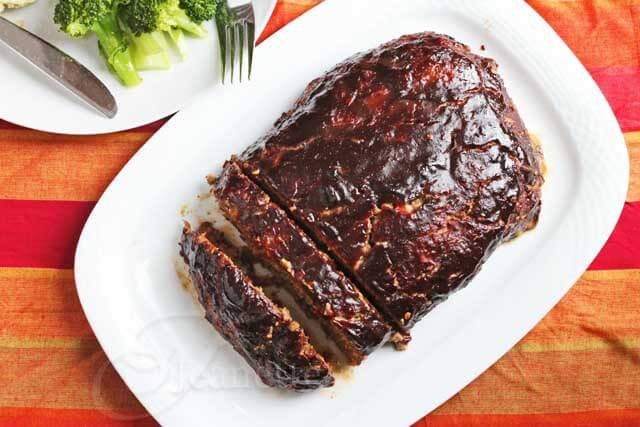 Balsamic Glazed Roasted Vegetable Meatloaf © Jeanette's Healthy Living