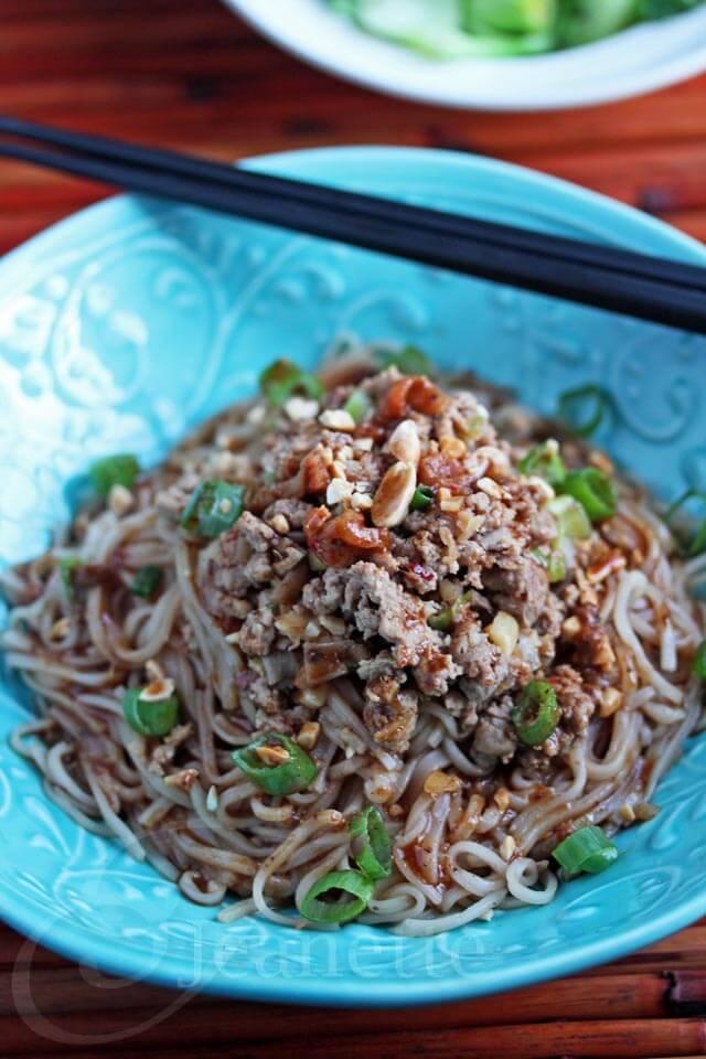 Sichuan Dan Dan Mien © Jeanette's Healthy Living