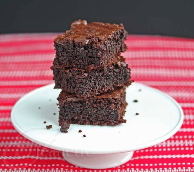 Rebecca Katz's Insanely Good Chocolate Brownies © Jeanette's Healthy Living