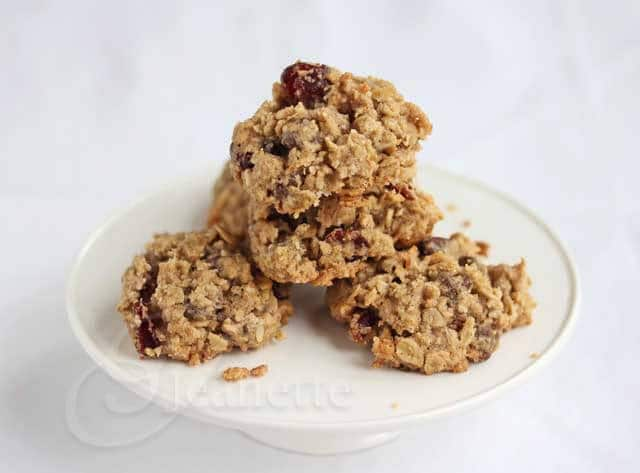 Gluten-Free Oatmeal Cranberry Chocolate Chip Cookies © Jeanette's Healthy Living