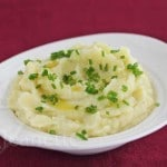 Creamy Mashed Garlic Cauliflower and Potatoes © Jeanette's Healthy Living