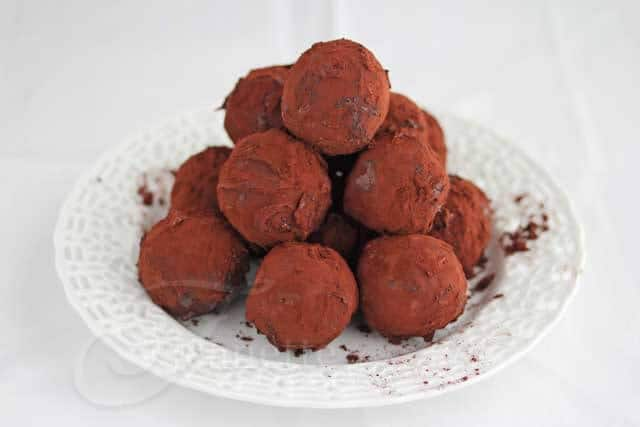 Recipe for Quinoa Muesli Date Plum Energy Truffle Balls