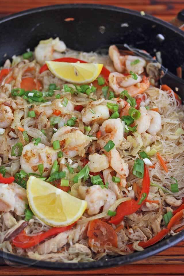 Pancit Bihon Stir-Fry Rice Noodles © Jeanette's Healthy Living