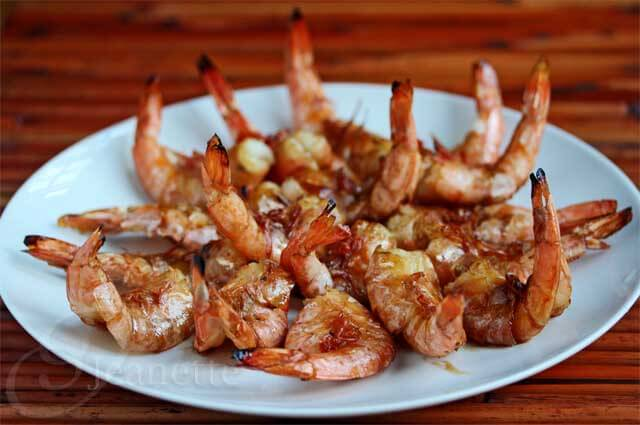 Grilled Thai Shrimp in the Shell with Garlic Sauce © Jeanette's Healthy Living