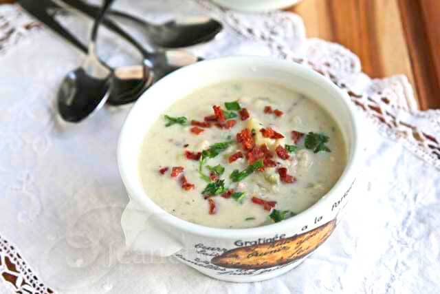 Skinny Low Carb New England Cauliflower Clam Chowder Recipe