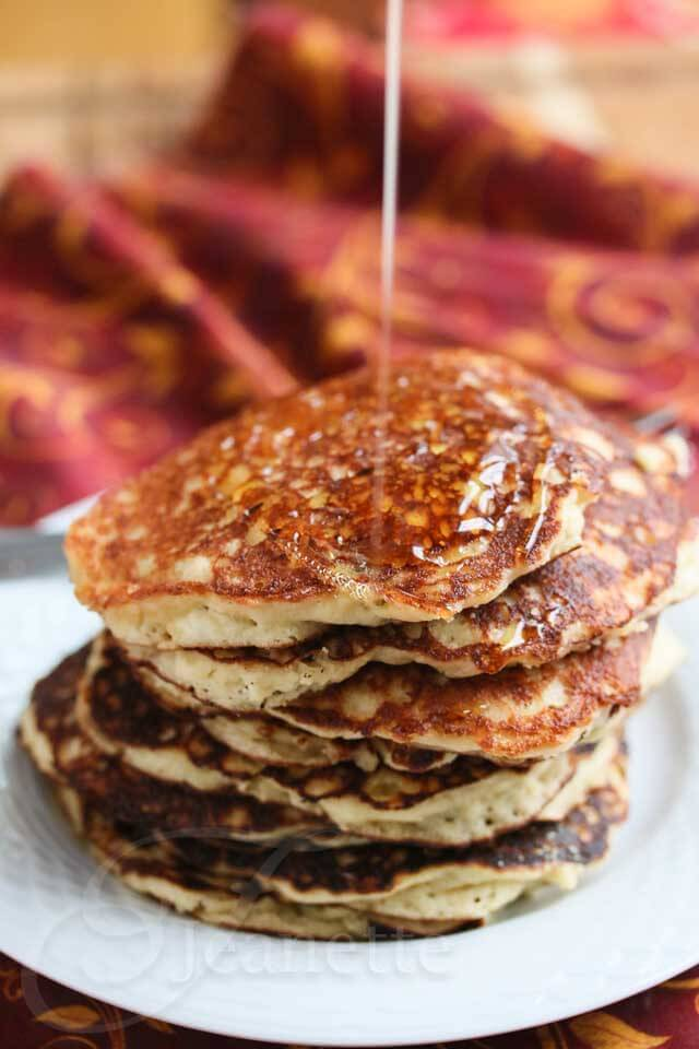 Quinoa Almond Flour Pancakes