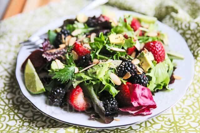 Power Berry Avocado Almond Chia Salad Recipe