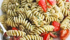 Fresh Tomato Mozzarella Pesto Pasta Salad © Jeanette's Healthy Living