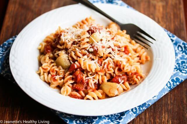 Roasted Garlic Tomato Pasta Sauce Recipe - Jeanette's Healthy Living