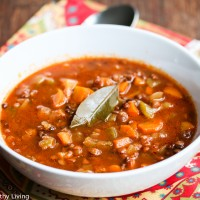 Slow Cooker Greek Lentil Soup - this simple soup is absolutely delicious and so satisfying, perfect for a cold winter day
