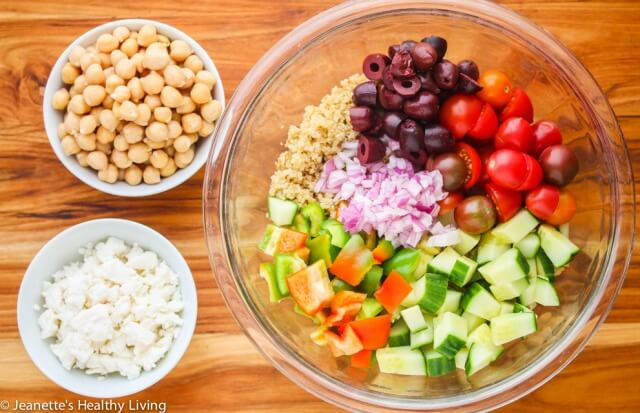 Mediterranean quinoa salad recipe jeanettes healthy living mediterranean quinoa salad this healthy salad has all the flavors of a greek salad forumfinder Images