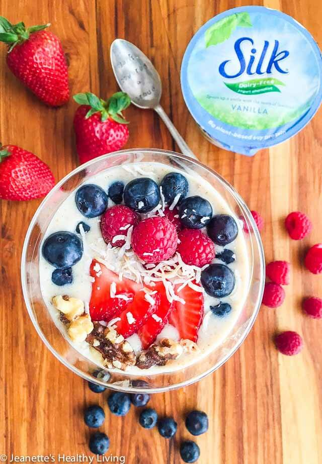 Banana Berry Flaxseed Smoothie Bowl - this is a healthy way to start the day and it's dairy free! It includes coconut oil and ground flaxseeds for extra goodness.