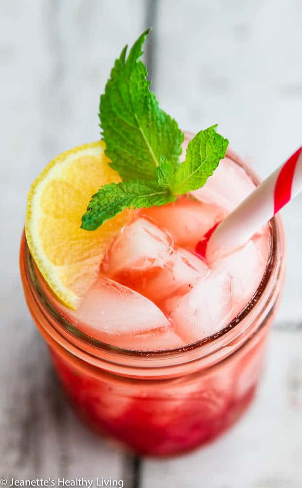 Sparkling Raspberry Mint Lemonade - so refreshing and healthy - the perfect summer drink!