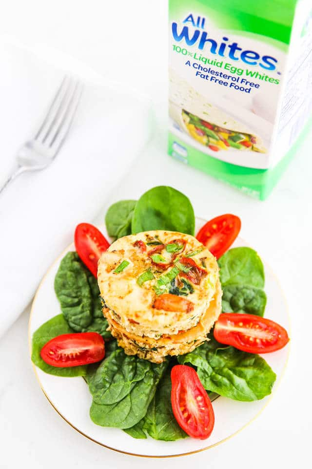 Breakfast Shrimp Egg White Muffin Cups - 60 calories and 9 grams of protein each make for a healthy breakfast. They reheat well and are portable, perfect for busy weekdays! ~ http://jeanetteshealthyliving.com