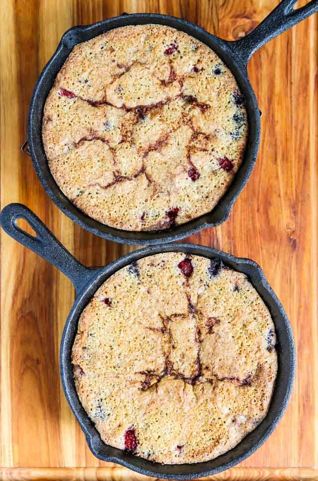Raspberry Blueberry Oatmeal Cake - this healthy cake features fresh ...