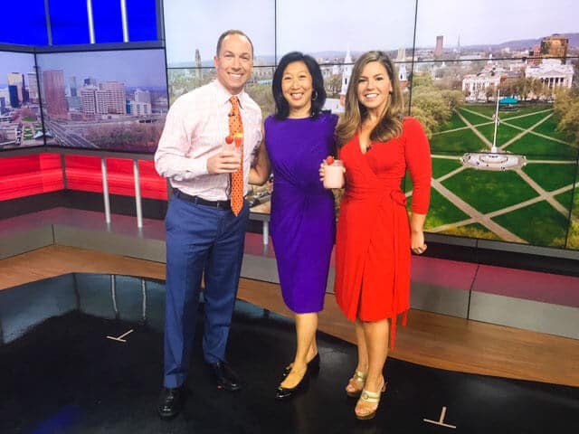 Jeanette Chen's first live TV cooking segment debut on WTNH, an ABC-affiliated television station. Shown here with news anchor Stephanie Simoni and meteorologist Gil Simmons.