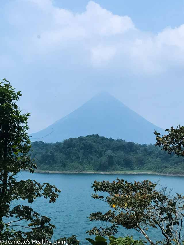 Five Days in Costa Rica - tips and itinerary for an fun, action packed vacation full of adventure, food, wildlife and beautiful nature