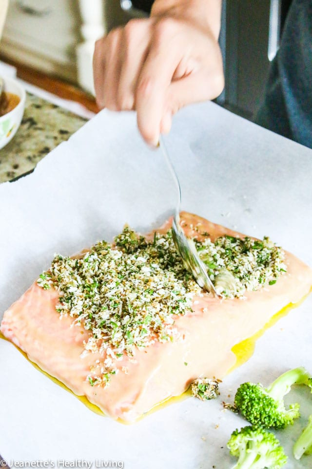 Fennel Crusted Baked Salmon and Broccoli - this easy, fast, delicious and healthy one-pan dinner recipe cooks in just 20 minutes