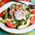 Buffalo Chicken Burger Salad © Jeanette