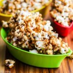 Sweet and Salty Caramel Furikake Popcorn - this is addictively good...a light and healthier version of caramel popcorn that will satisfy any sweet tooth