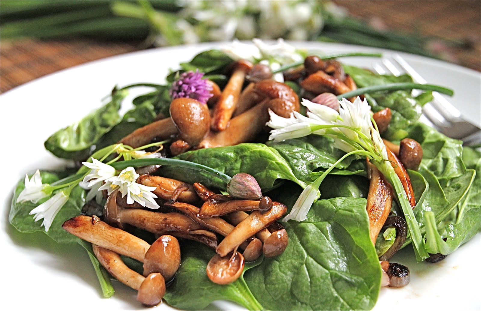 Warm Mushroom Spinach Salad with Fresh Arugula Flowers and Chives ...