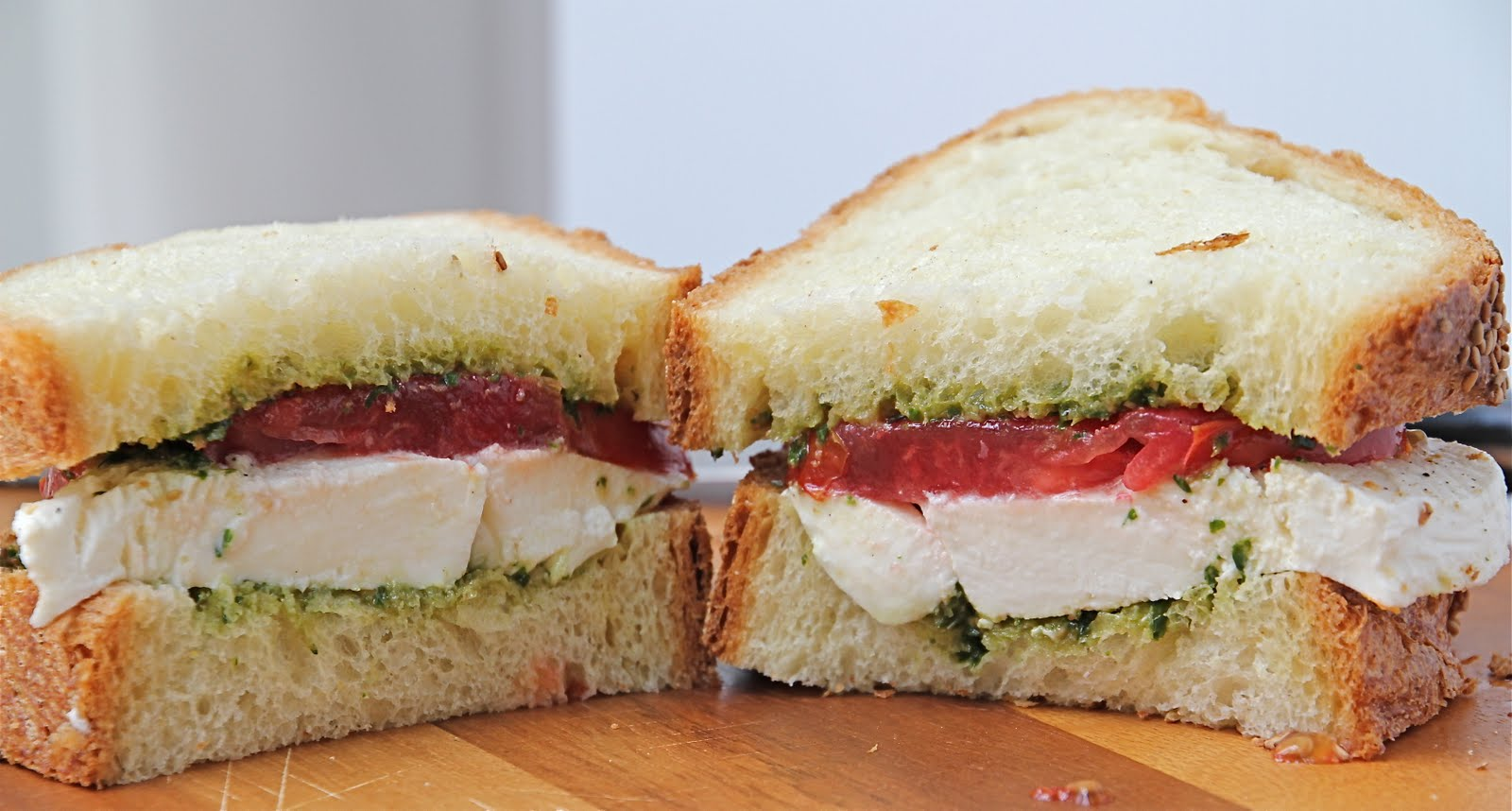 Farmer's Market Sandwich - Pesto, Mozzarella, and Tomato Sandwich ...