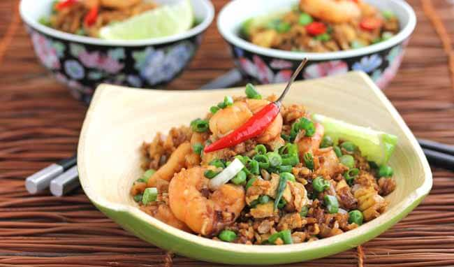 Indonesian Shrimp Fried Rice (nasi goreng)