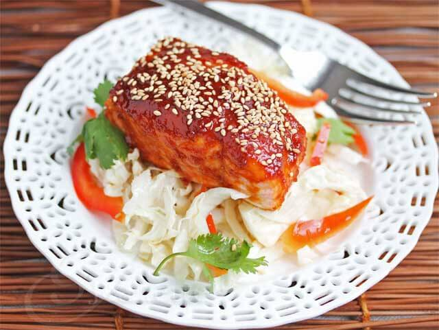 Spicy Red Chile Pepper Korean Salmon with Napa Cabbage Salad © Jeanette's Healthy Living