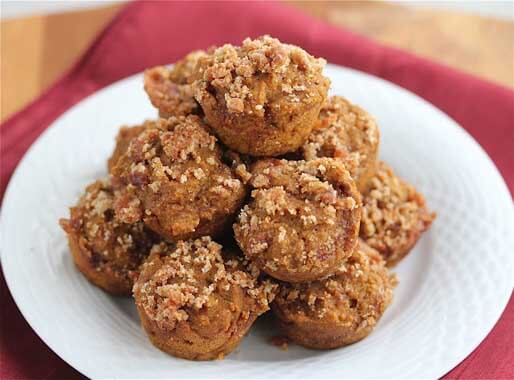 Whole Grain Pumpkin Streusel Muffins from Jeanette's Healthy Living