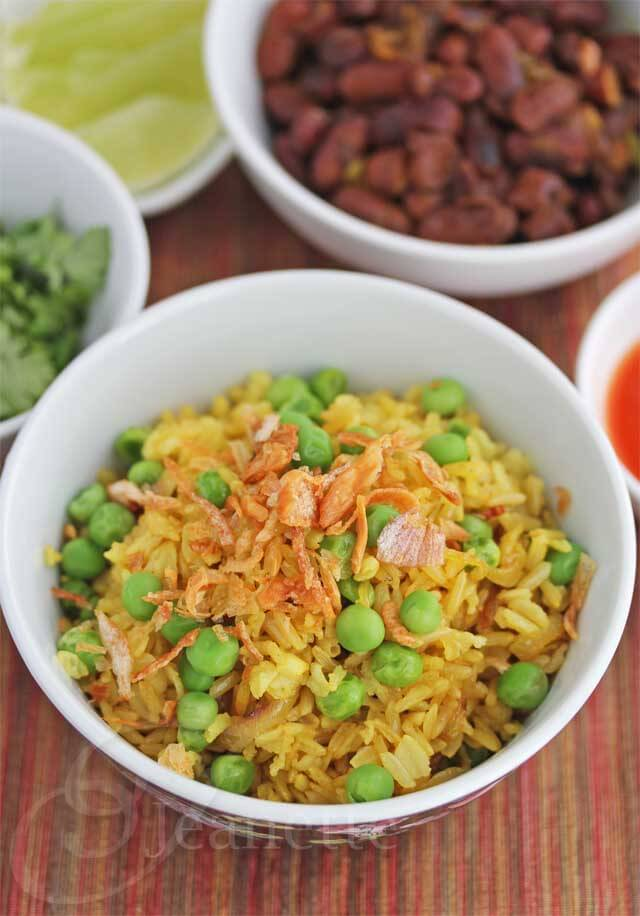 Burmese Fried Rice with Peas © Jeanette's Healthy Living