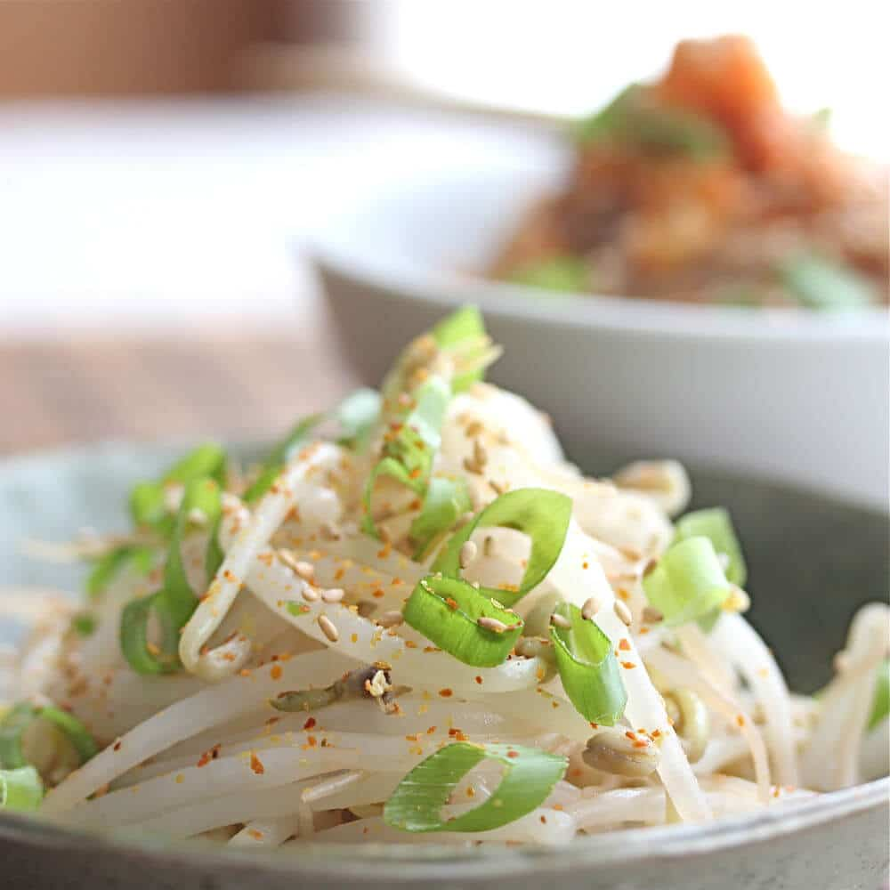 Bean sprout salad © Jeanette's Healthy Living