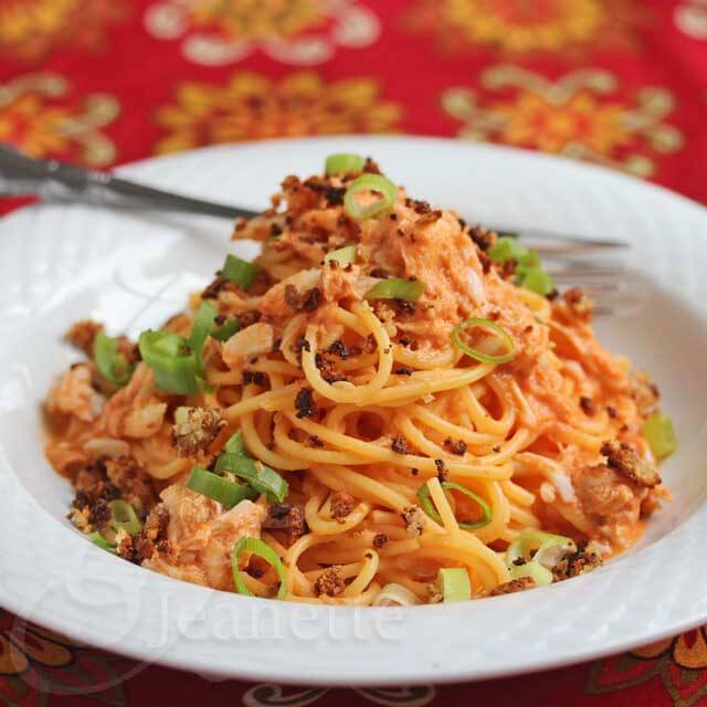 Creamy Tomato Crab Pasta © Jeanette's Healthy Living