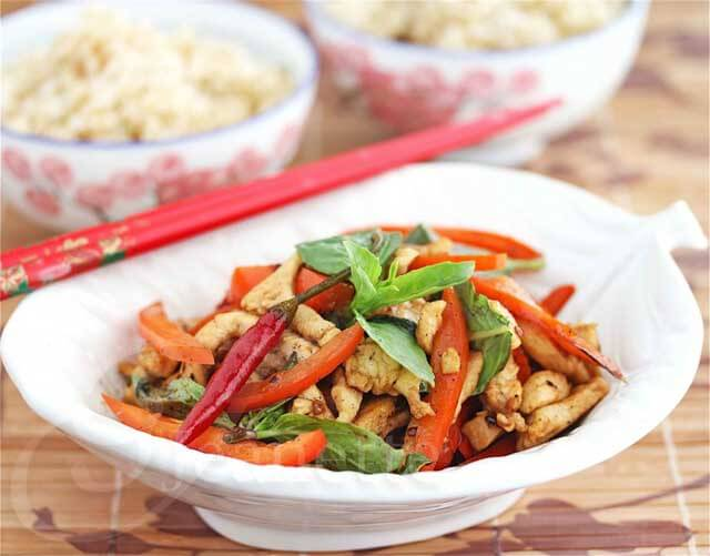 Thai Stir Fry Chicken © Jeanette's Healthy Living