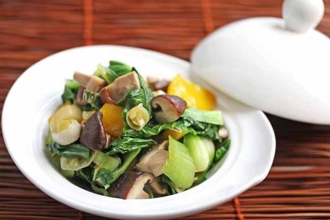 Stir-Fry Bok Choy and Shitake Mushrooms
