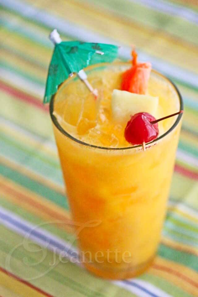 Mango Planters Punch Mocktail © Jeanette's Healthy Living