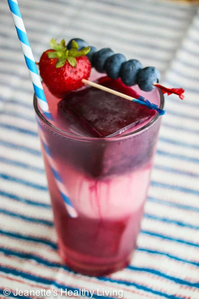 Fourth of July Blueberry Pomegranate Lemonade © Jeanette's Healthy Living