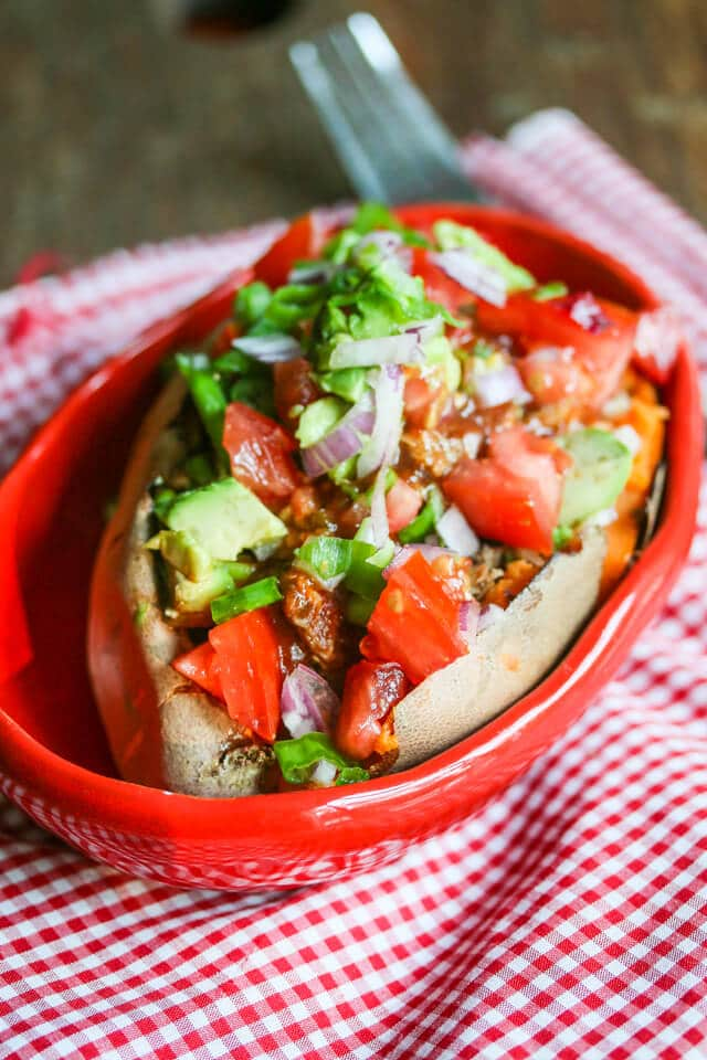 Slow Cooker Island Pulled Chicken © Jeanette's Healthy Living