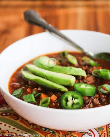 Slow Cooker Vegetarian Lentil Chili Soup - warm up your belly with this healthy, hearty flavorful soup