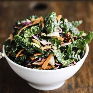 Copycat Mrs Green's Hail To The Kale Salad - so addictively good! Make a big batch and eat it for lunch throughout the week
