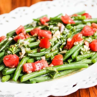 Green Bean Tomato Salad with Maple Basil Dressing Recipe
