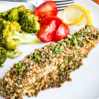 Fennel Crusted Baked Salmon and Broccoli Recipe